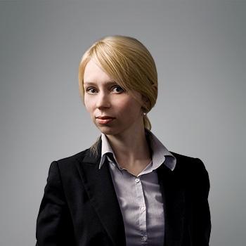 Agata Książek : senior associate