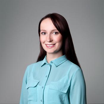 Natalia Mruczek : asystentka partnerów/ bibliotekarka