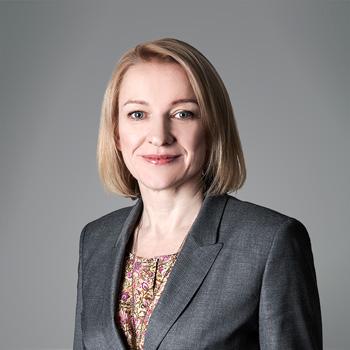 Agnieszka Raczkowska : senior associate
