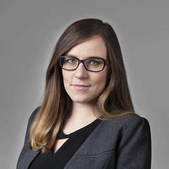 Katarzyna Kostępska : senior associate