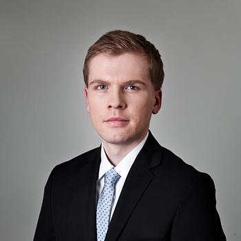 Łukasz Czerepak : associate